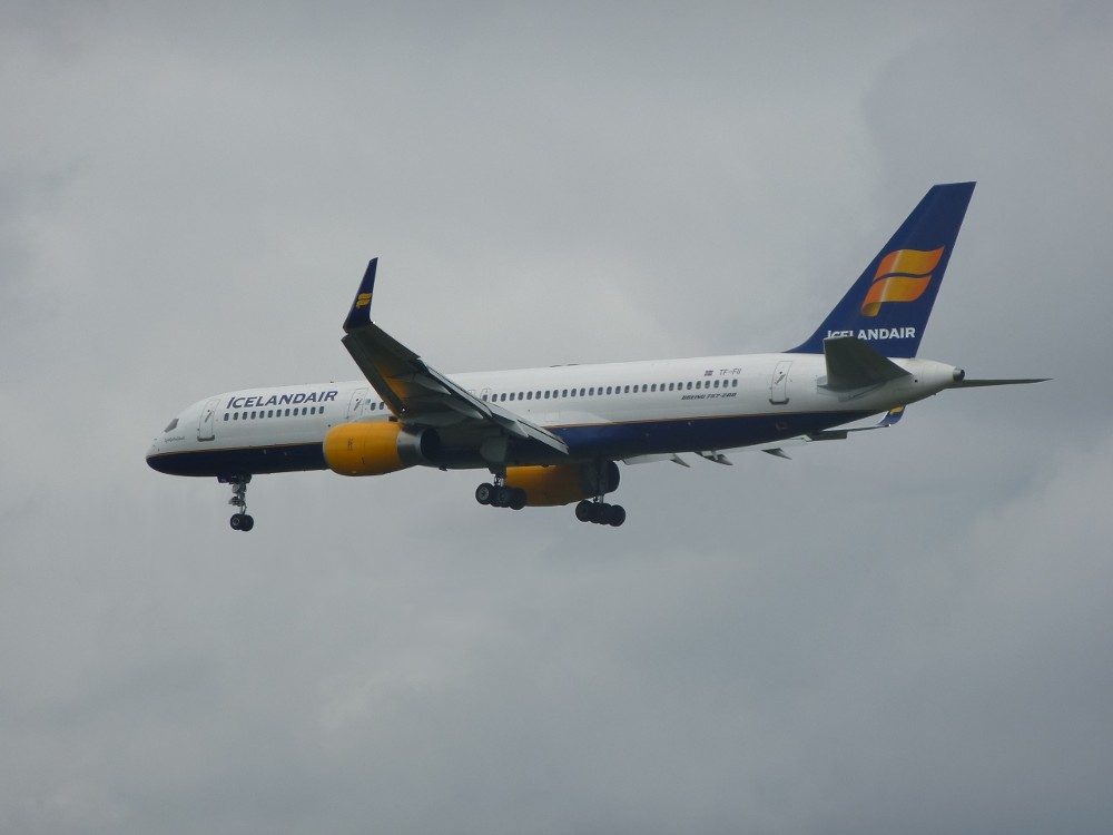 Icelandair TF-FII